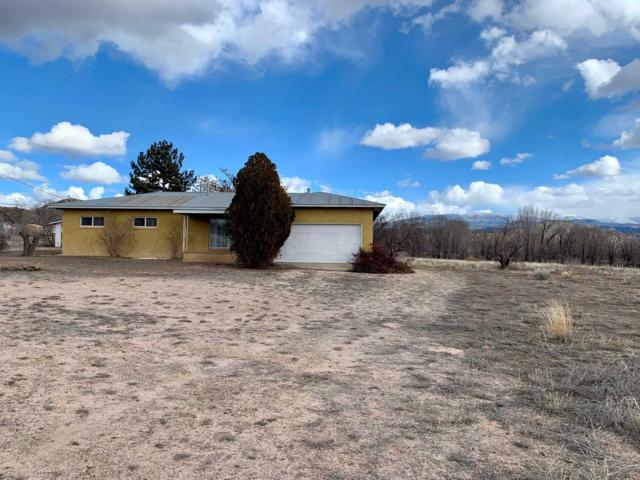 Hse 188 County Rd 92, Chimayo, NM 87522 (MLS #201900619) :: The Desmond Group