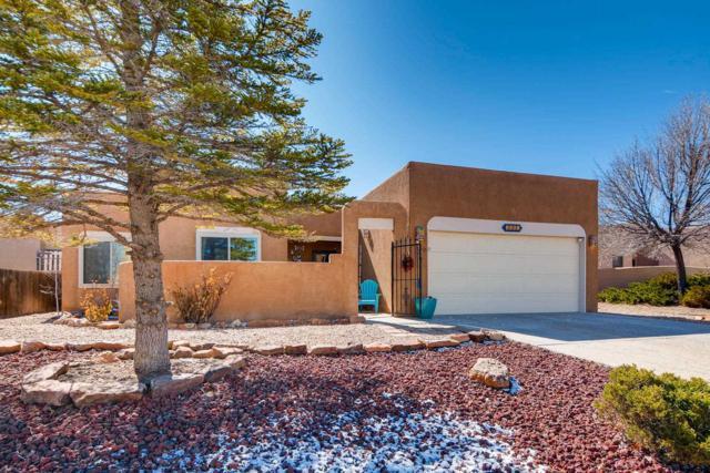 7561 Kachina Loop, Santa Fe, NM 87507 (MLS #201900966) :: The Bigelow Team / Realty One of New Mexico