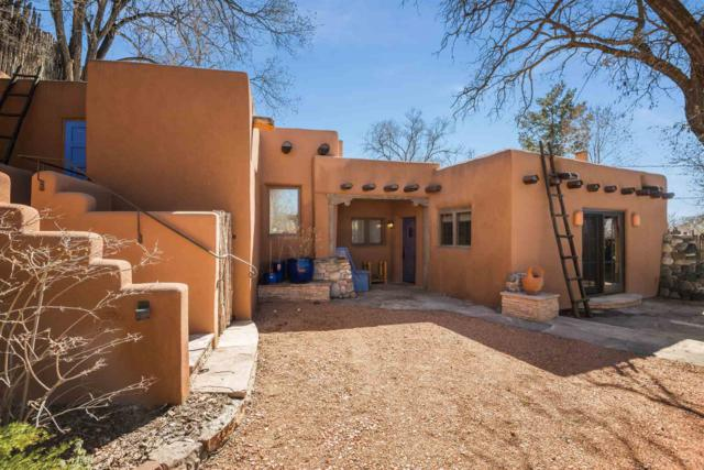 849 E Palace Avenue, Santa Fe, NM 87501 (MLS #201900968) :: The Bigelow Team / Realty One of New Mexico