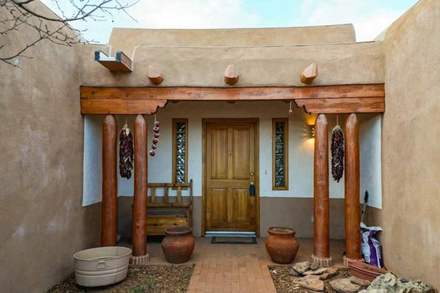 30 Estambre Road, Santa Fe, NM 87508 (MLS #201901022) :: The Desmond Group