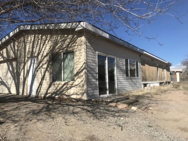 2 Bowling Lane, Espanola, NM 87532 (MLS #201901038) :: The Bigelow Team / Realty One of New Mexico