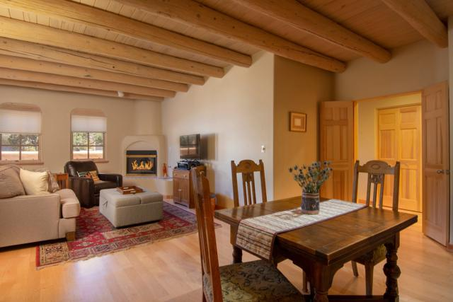 3101 Old Pecos Trail #111, Santa Fe, NM 87505 (MLS #201901206) :: The Very Best of Santa Fe