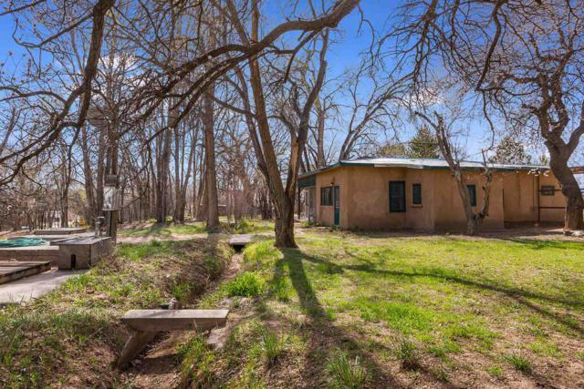 3 Plant Farm Rd., Santa Fe, NM 87506 (MLS #201901246) :: The Desmond Group