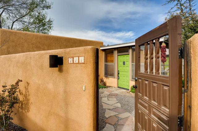 711 Don Cubero Alley, Santa Fe, NM 87505 (MLS #201901399) :: The Desmond Group