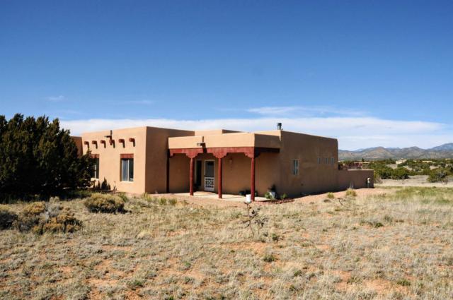 2 Estambre Road, Santa Fe, NM 87508 (MLS #201901495) :: The Very Best of Santa Fe