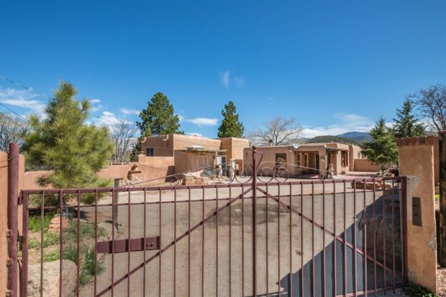 1047 Camino San Acacio, Santa Fe, NM 87505 (MLS #201901503) :: The Desmond Group