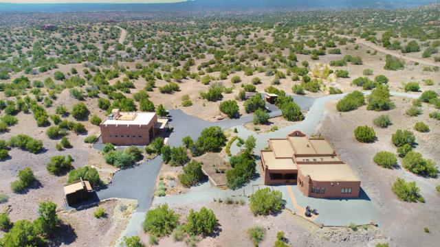 30 Bronze Trail, Santa Fe, NM 87508 (MLS #201901520) :: The Desmond Group