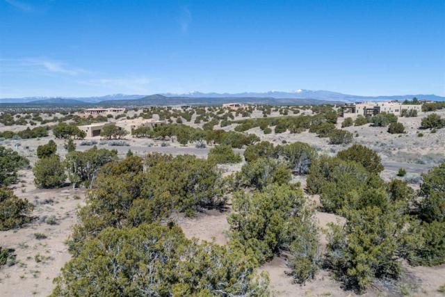 15 Calle Mi Gusto, Santa Fe, NM 87506 (MLS #201901523) :: The Bigelow Team / Realty One of New Mexico