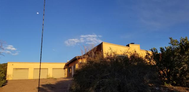 5000 Old Santa Fe Trail, Santa Fe, NM 87505 (MLS #201901560) :: The Desmond Group