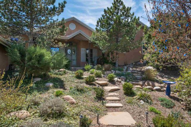39 Yana Drive, Santa Fe, NM 87506 (MLS #201901685) :: Berkshire Hathaway HomeServices Santa Fe Real Estate