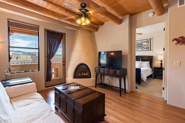 1405 Vegas Verdes #232, Santa Fe, NM 87507 (MLS #201901845) :: The Very Best of Santa Fe