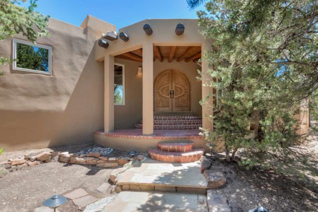 1837 Cerros Colorados, Santa Fe, NM 87501 (MLS #201901937) :: The Desmond Group