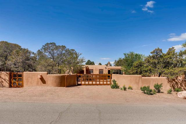 600 Camino Del Monte Sol, Santa Fe, NM 87505 (MLS #201901969) :: The Desmond Group