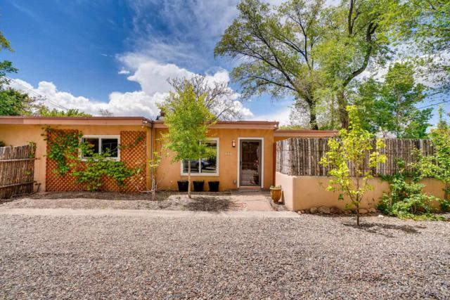 209 Laughlin, Santa Fe, NM 87505 (MLS #201902056) :: The Desmond Group