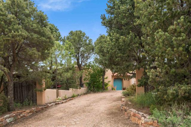 322 Pinos Verdes, Santa Fe, NM 87501 (MLS #201902141) :: The Desmond Group