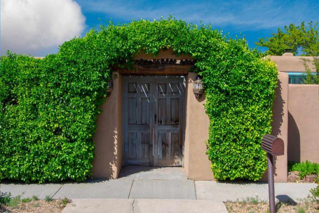 2134 Calle De Sebastian, Santa Fe, NM 87505 (MLS #201902156) :: The Desmond Group