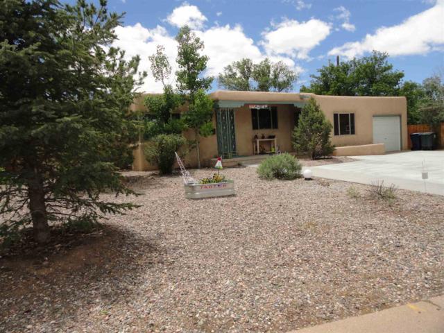 1968 San Ildefonso, Santa Fe, NM 87505 (MLS #201902324) :: The Desmond Group