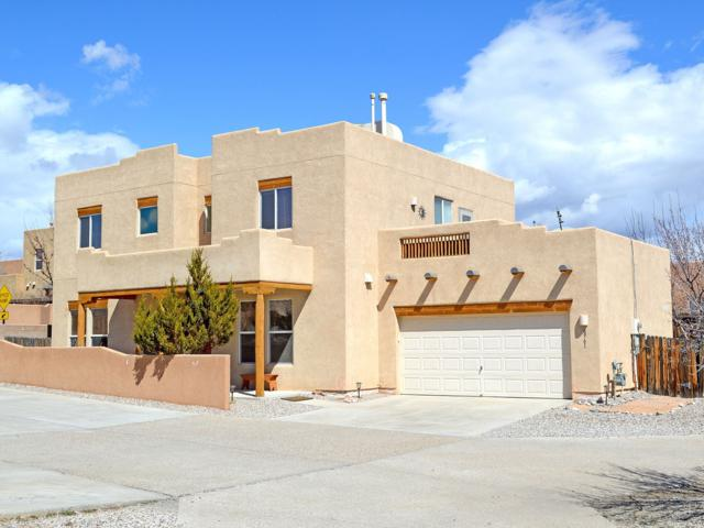 6961 Golden Mesa, Santa Fe, NM 87507 (MLS #201902343) :: The Desmond Group
