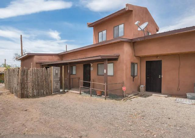 3561 Agua Fria St., Santa Fe, NM 87507 (MLS #201902501) :: The Desmond Group
