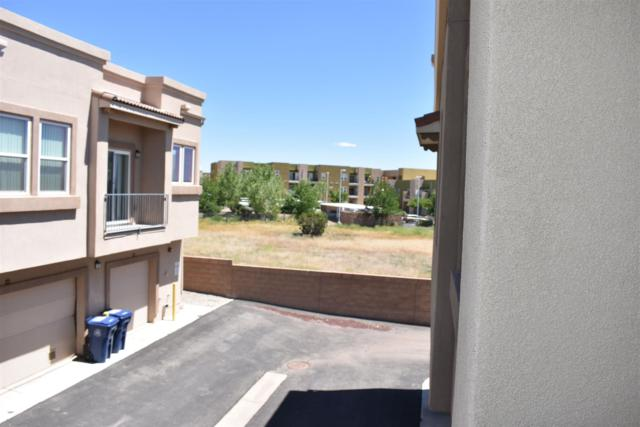 4508 Santa Elena C, Santa Fe, NM 87507 (MLS #201902619) :: The Desmond Group