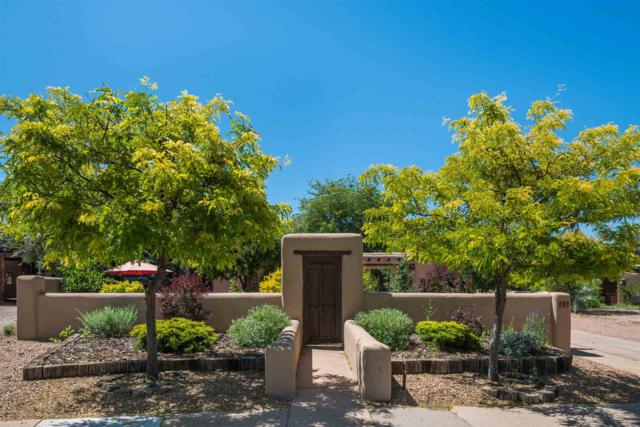 9 Pueblo Drive, Santa Fe, NM 87505 (MLS #201902654) :: The Desmond Group