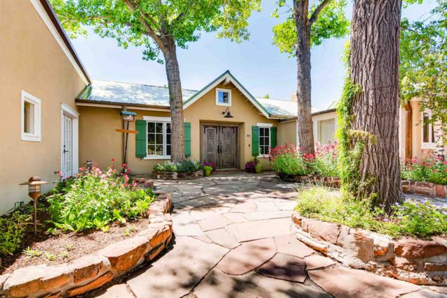 72 Double Arrow Road A&B, Santa Fe, NM 87505 (MLS #201902666) :: The Desmond Group