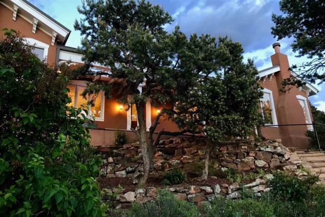 6 Cameron Lane, Santa Fe, NM 87505 (MLS #201902705) :: The Desmond Group