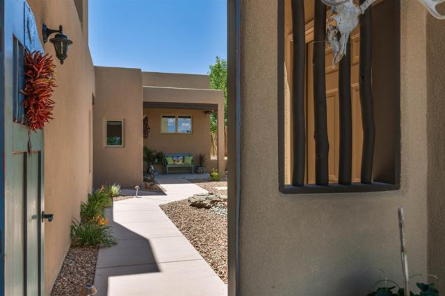 11 W Avenida Sebastian, Santa Fe, NM 87506 (MLS #201902826) :: The Very Best of Santa Fe