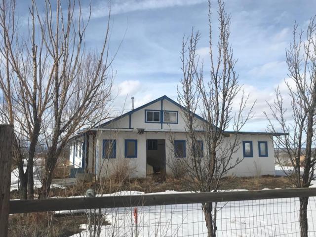 128 Chanclas, Taos, NM 87557 (MLS #201902975) :: The Very Best of Santa Fe