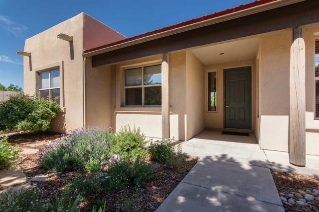 4 Ocotillo, Santa Fe, NM 87508 (MLS #201903084) :: Berkshire Hathaway HomeServices Santa Fe Real Estate