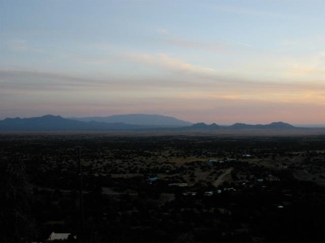 16 Embudo Del Sol, Santa Fe, NM 87508 (MLS #201903142) :: The Desmond Group