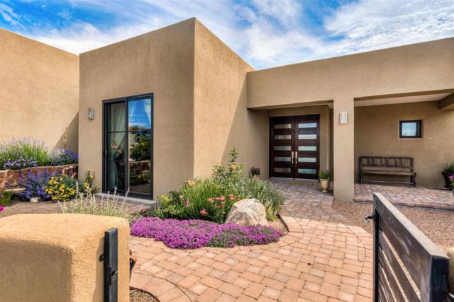 12 B Camino Barranca, Santa Fe, NM 87507 (MLS #201903159) :: The Desmond Group
