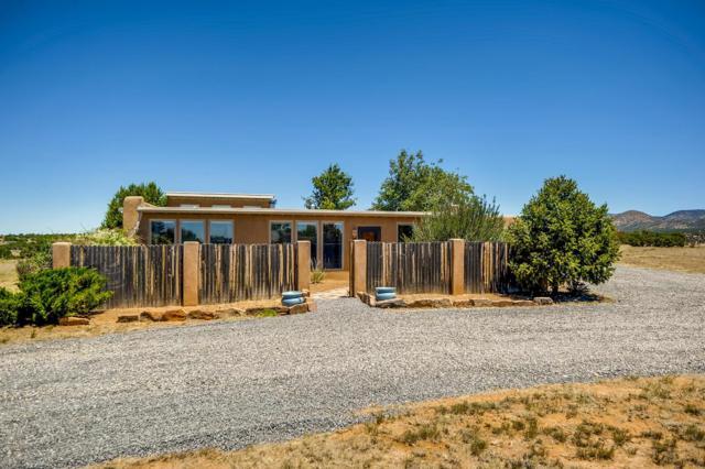 1 Azul Court, Santa Fe, NM 87508 (MLS #201903213) :: The Very Best of Santa Fe