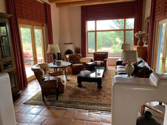 37 Sage Circle, Santa Fe, NM 87506 (MLS #201903225) :: The Desmond Group