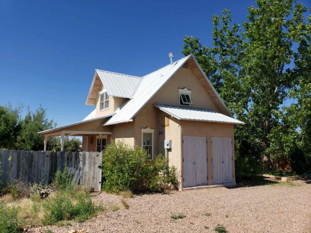 16 Camino Alondra, Santa Fe, NM 87507 (MLS #201903257) :: The Very Best of Santa Fe