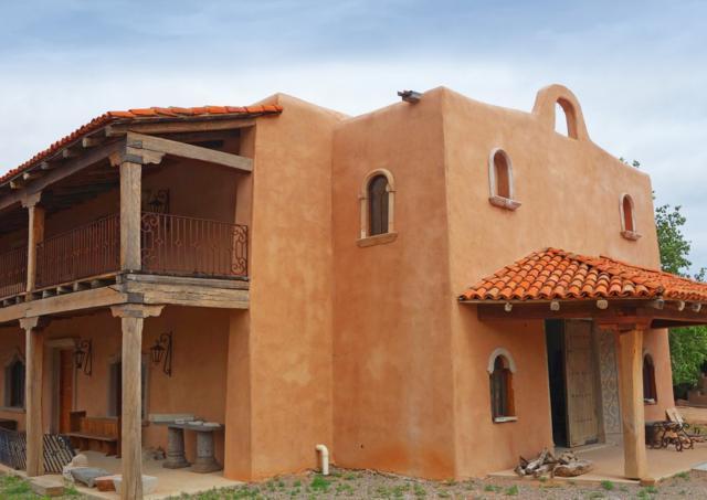 401 Rodeo Rd., Santa Fe, NM 87505 (MLS #201903345) :: The Desmond Group