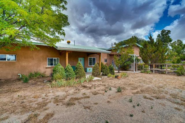 27102 East Frontage Road, Santa Fe, NM 87508 (MLS #201903491) :: The Desmond Group