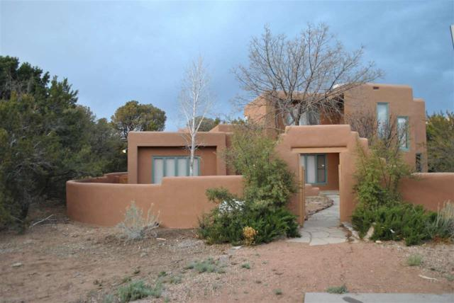 1888 Forest Cir, Santa Fe, NM 87505 (MLS #201903638) :: The Desmond Group