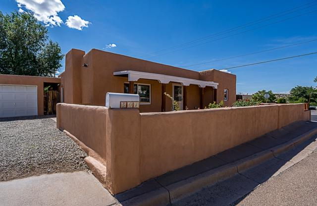 501 Salazar, Santa Fe, NM 87501 (MLS #201903690) :: The Very Best of Santa Fe