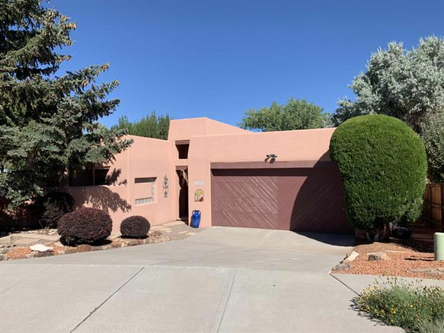 2303 Perilla Court, Santa Fe, NM 87505 (MLS #201903756) :: The Desmond Group