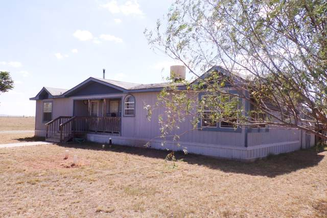 36 Valle Vista, Moriarty, NM 87035 (MLS #201904197) :: The Desmond Group