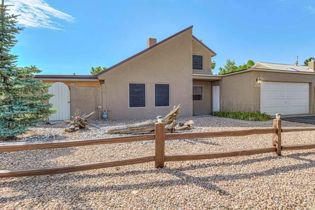 1089 Willow Way, Santa Fe, NM 87507 (MLS #201904198) :: The Desmond Group