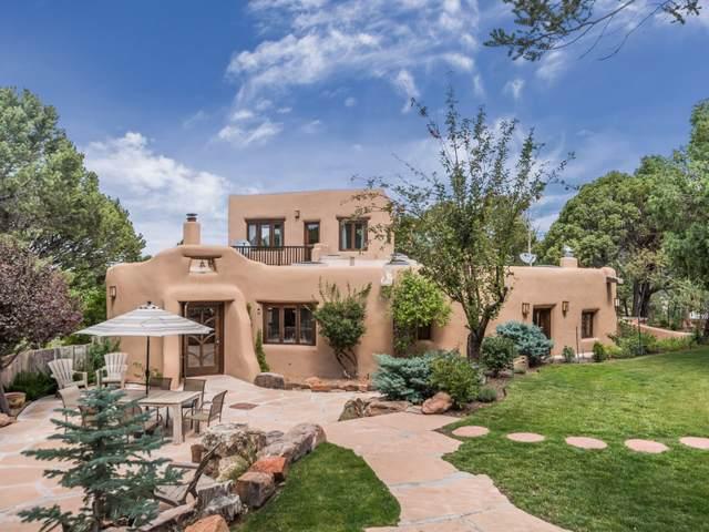 3520, 3522 Gaia Way, Santa Fe, NM 87501 (MLS #201904279) :: The Desmond Group