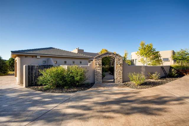 21 Sendero De La Vida, Santa Fe, NM 87506 (MLS #201904311) :: The Desmond Hamilton Group