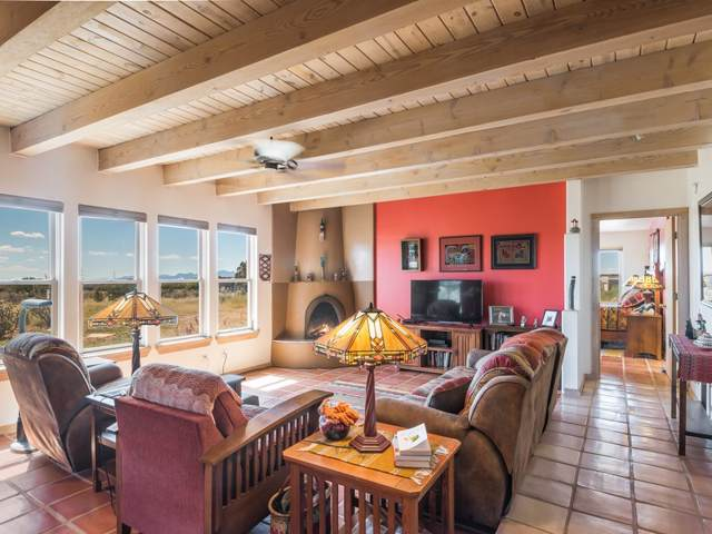 4 Encantado Place, Santa Fe, NM 87508 (MLS #201904369) :: The Very Best of Santa Fe