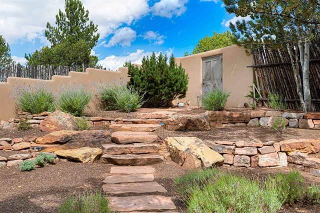 1292 Este Lane, Santa Fe, NM 87501 (MLS #201904376) :: The Very Best of Santa Fe