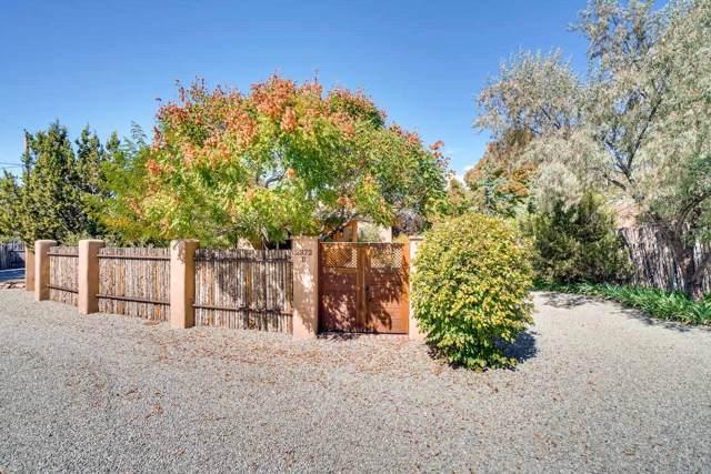 2372 Camino Hualapai - B, Santa Fe, NM 87505 (MLS #201904453) :: The Desmond Group