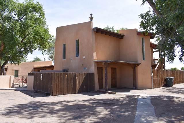 5360 Agua Fria, Santa Fe, NM 87507 (MLS #201904499) :: The Very Best of Santa Fe