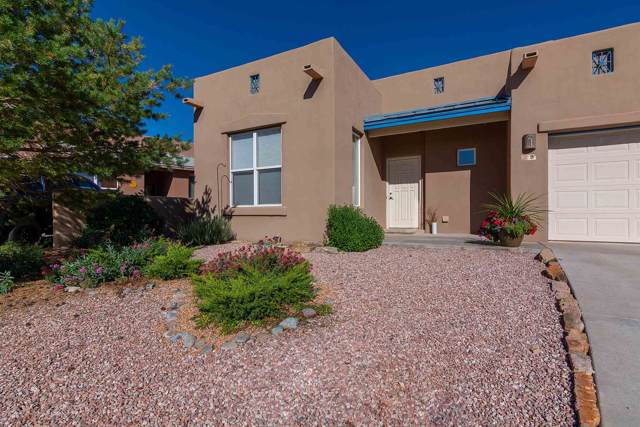 9 Autumn Light Place, Santa Fe, NM 87508 (MLS #201904524) :: Berkshire Hathaway HomeServices Santa Fe Real Estate