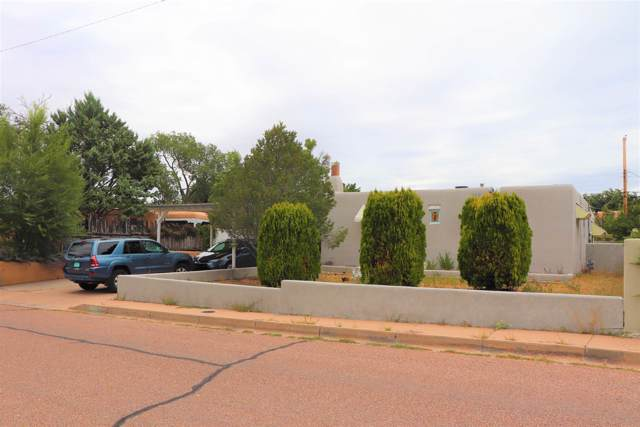 125 Lugar De Oro, Santa Fe, NM 87501 (MLS #201904561) :: The Desmond Group